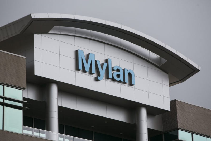 Already Accused of 'Sickening' Price-Gouging, Mylan Must Pay $465M for Medicaid Fraud
